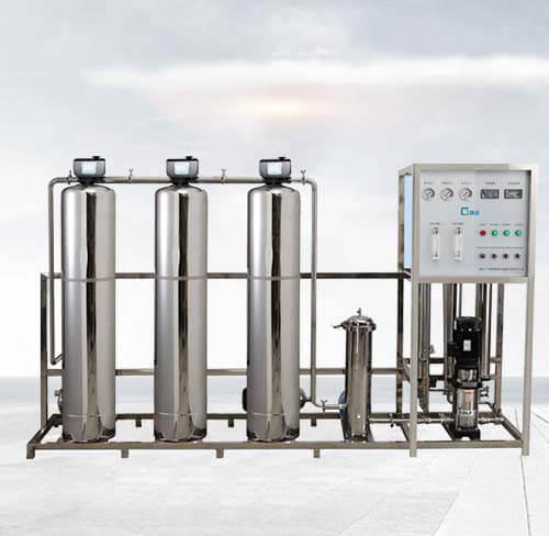學(xue)校淨水設備